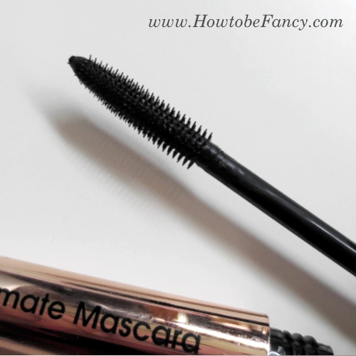 13htbf flowermascara2 Swatch It: Flower Zoom In Ultimate Mascara