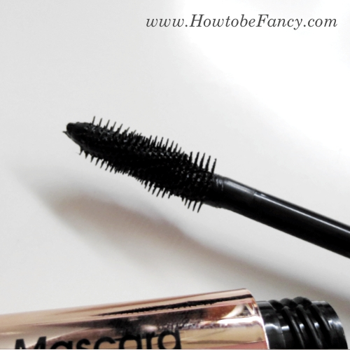 13htbf flowermascara3 Swatch It: Flower Zoom In Ultimate Mascara